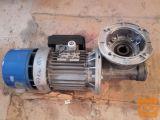 motor z reduktorjem 380 V 0,37 Kw ,0,75 70 Obr  50 obr