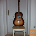 električna akustična kitara ovation